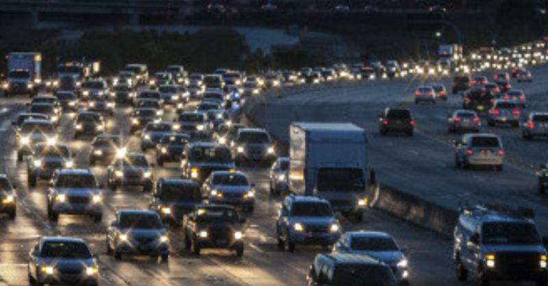 Scene of bumper-to-bumper traffic