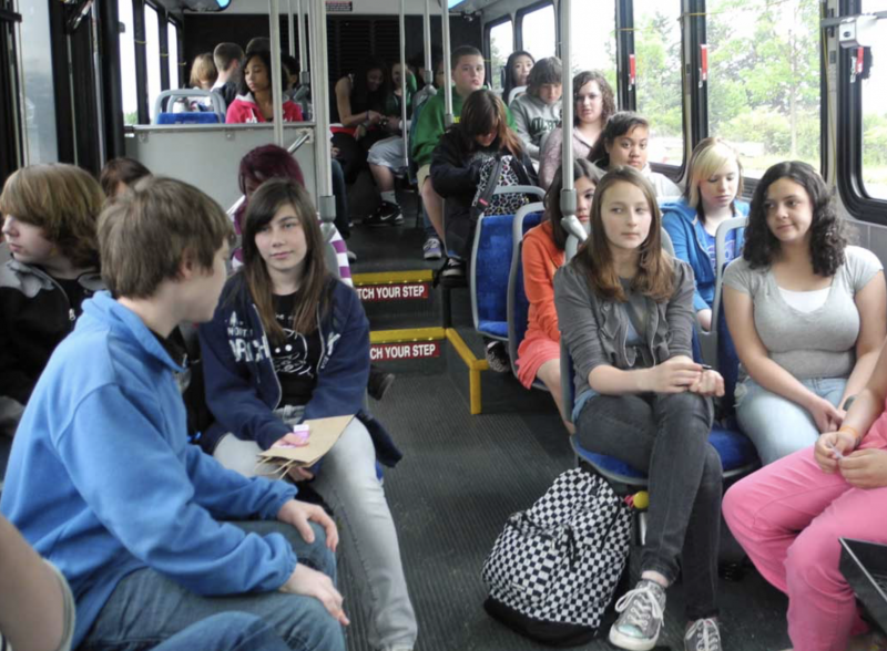 Alameda students ride the bus