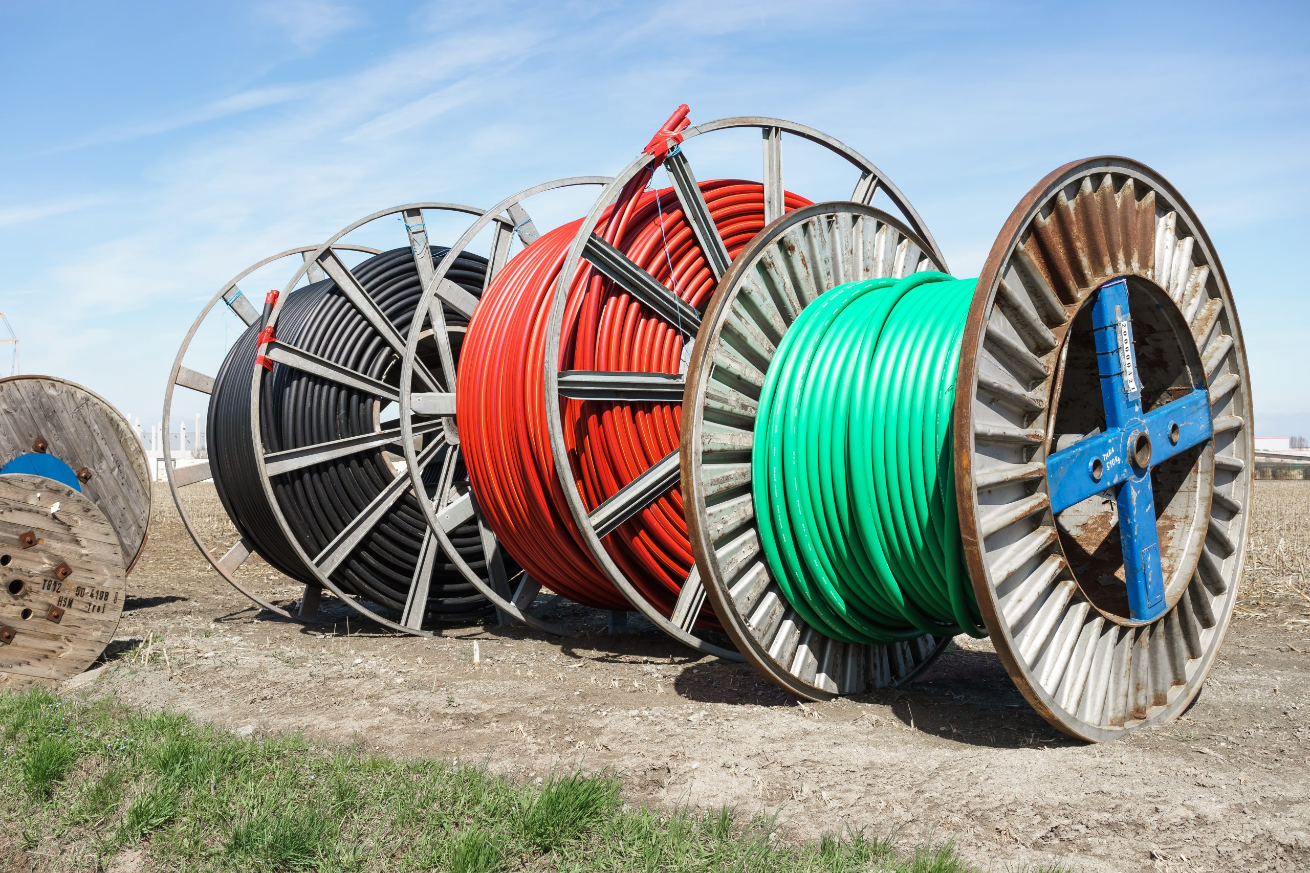 3 Broadband spools in field